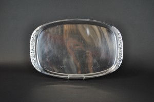 "Stainless Tray -12"" x 19"" Oval"